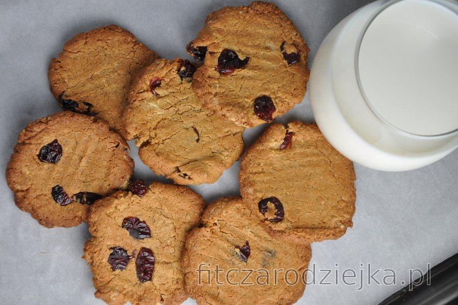 Najlepsze zdrowe, chrupiące ciasteczka z ciecierzycy (bezglutenowe)