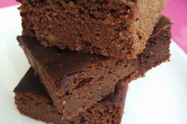 Zdrowe ciasto z czekoladą i awokado