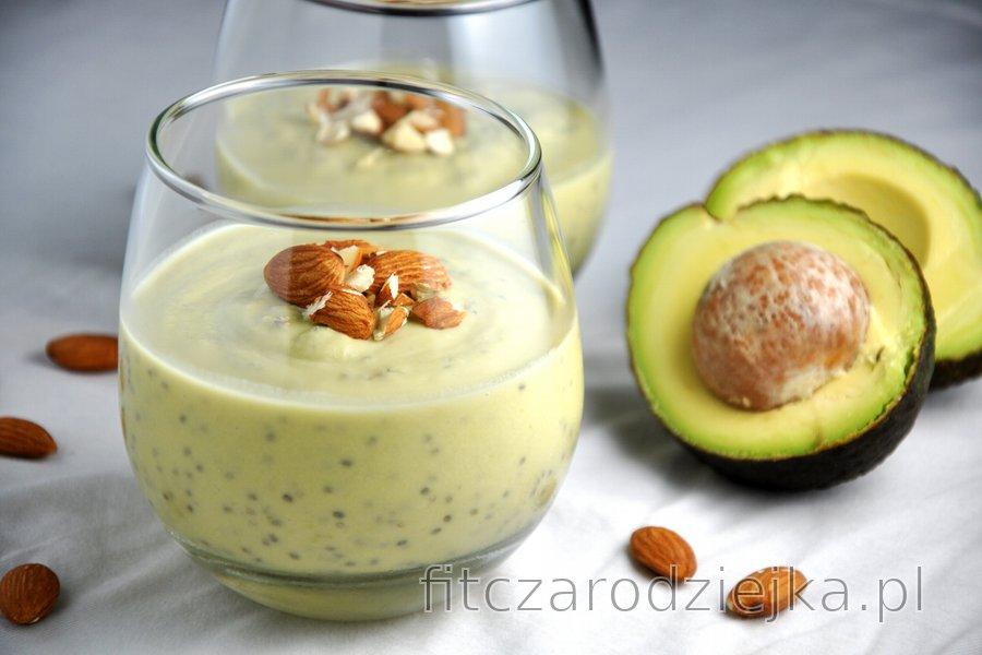 Zdrowy budyń z awokado i nasionami chia