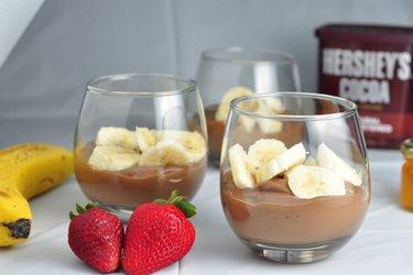 Zdrowy budyń bananowo-czekoladowy