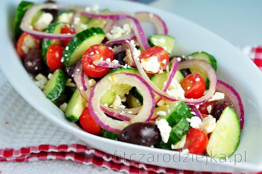 Prosta sałatka grecka