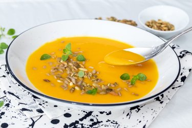 Prosta zupa z dyni Hokkaido