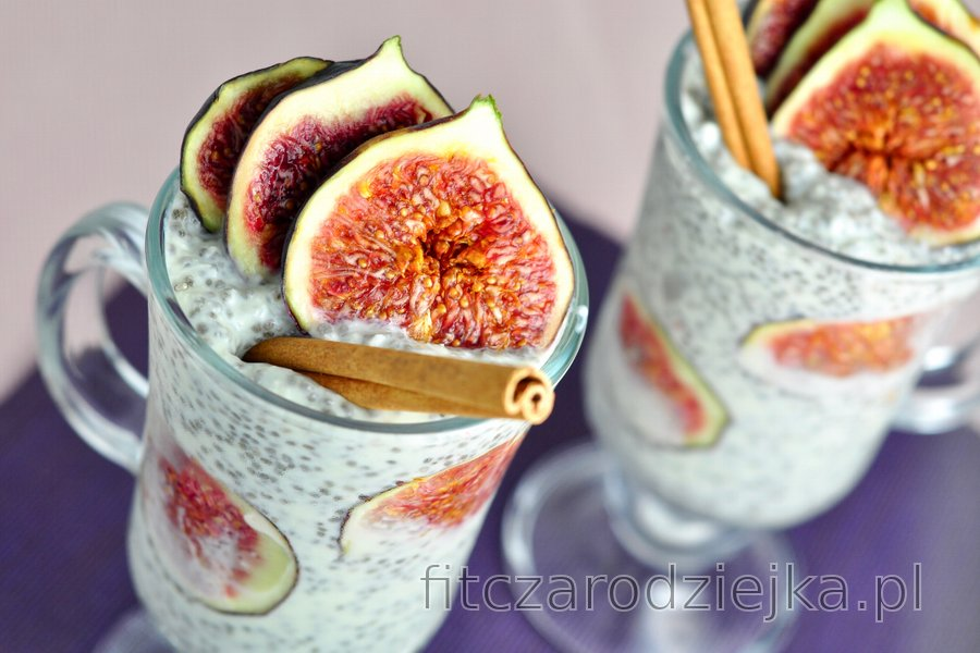 Zdrowy budyń figowy z chia i kokosem